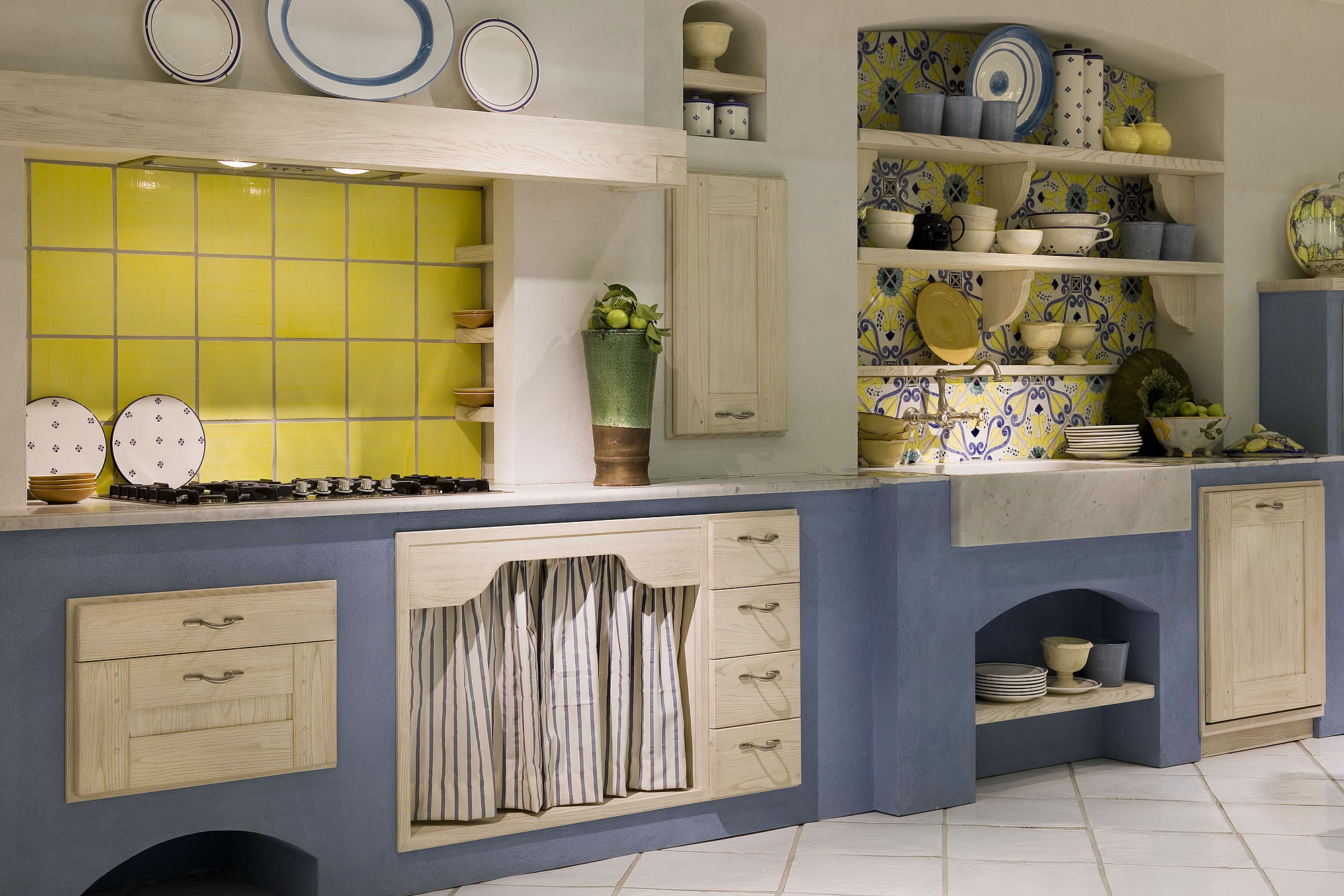 cucine country chic colorate su misura