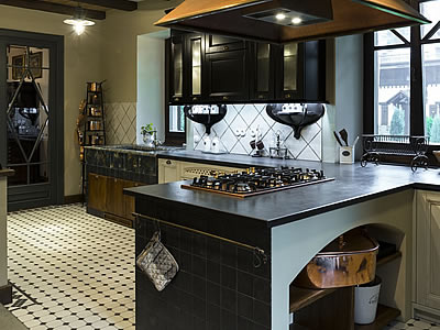 Moscow Kitchen Design by Aurora
