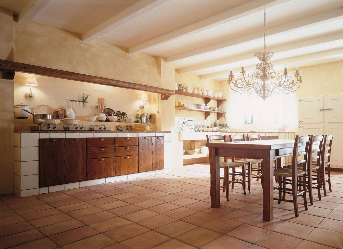 Cucine country chic componibili in legno ecologiche Valdelsa Siena ...