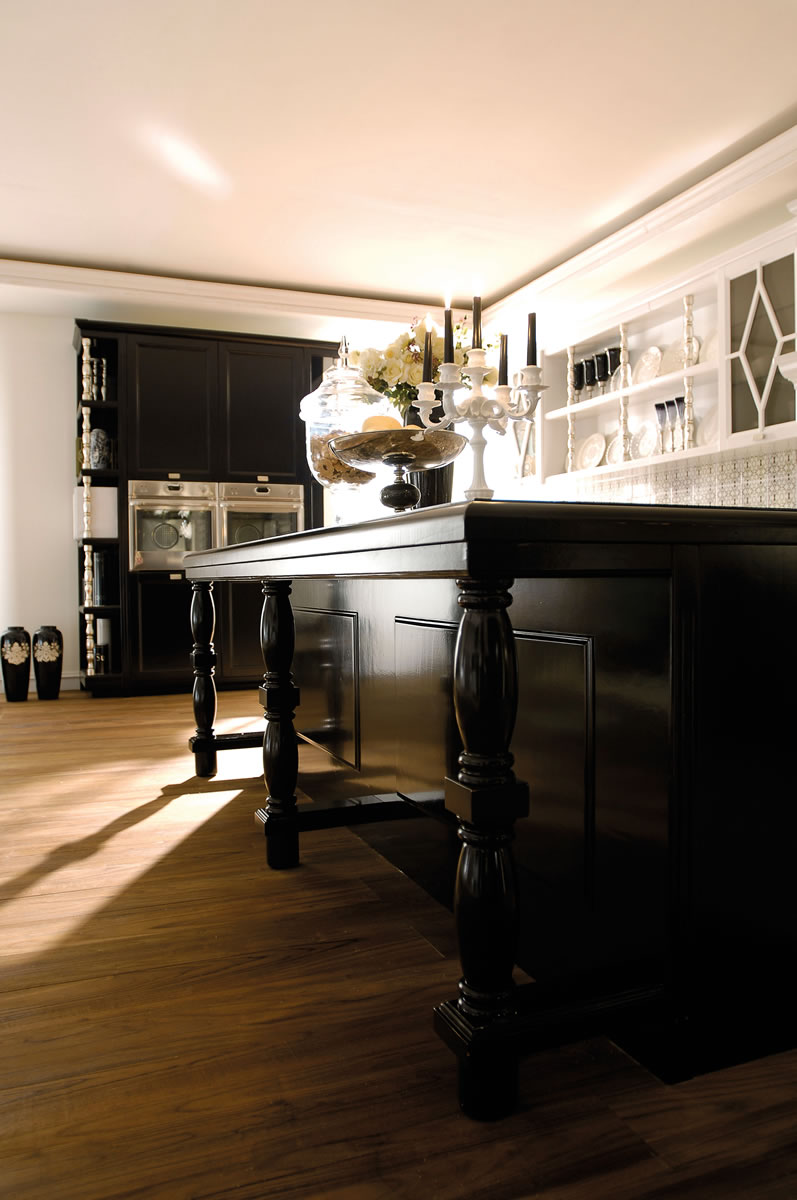 Italian Country Chic Kitchens Elegant Contemporary