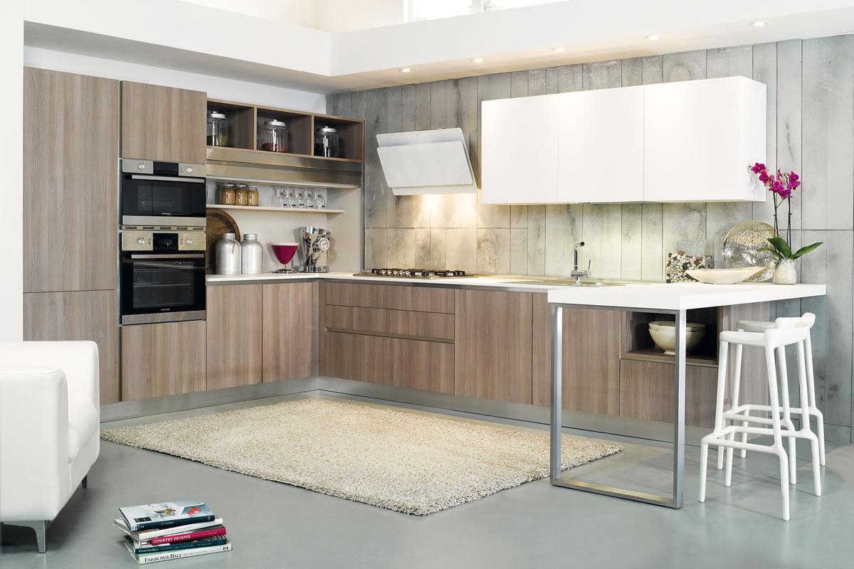Cucine design contemporaneo laminato colorate siena poggibonsi for Designer cucine